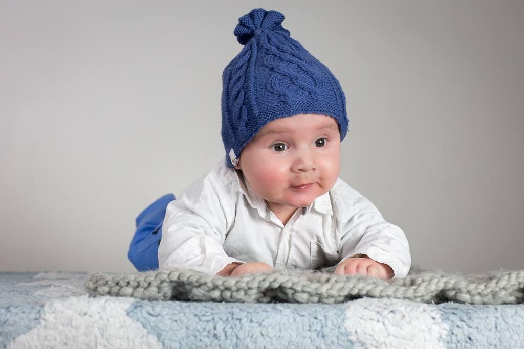 Bonnet Bébé en BBM de Fonty- Gazouillis et cie