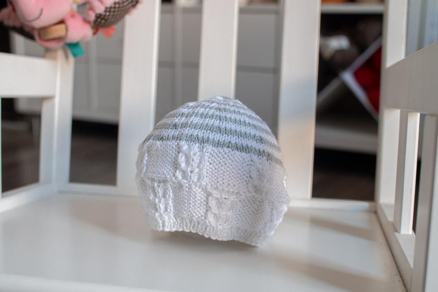 Surprise Bonnet de naissance tricoté main pour la maternité